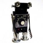 Assemblage Black Robot